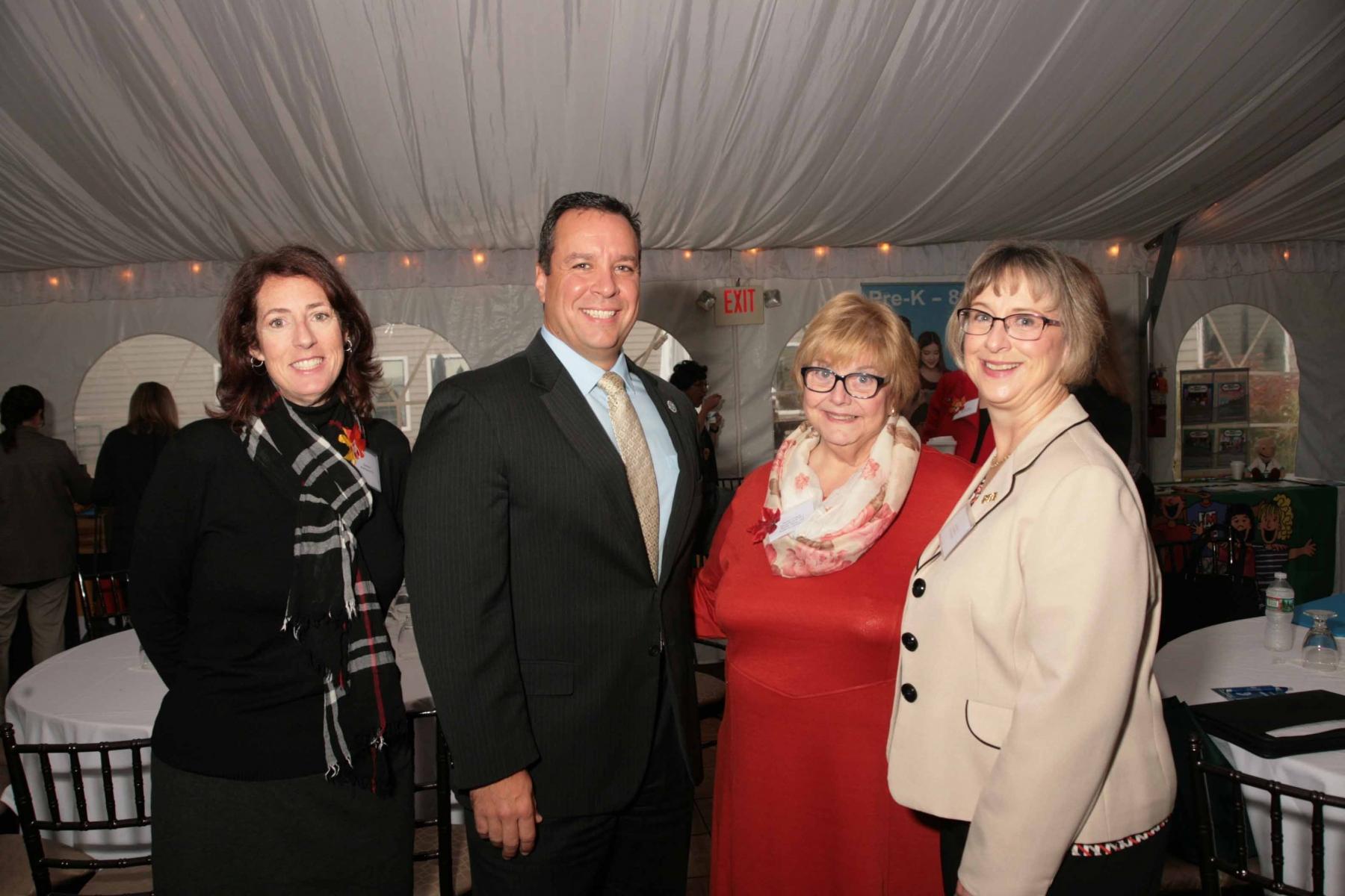 Kim Hunt, Mayor Mark Hawke, Jackie Coogan,       Laura Bay
